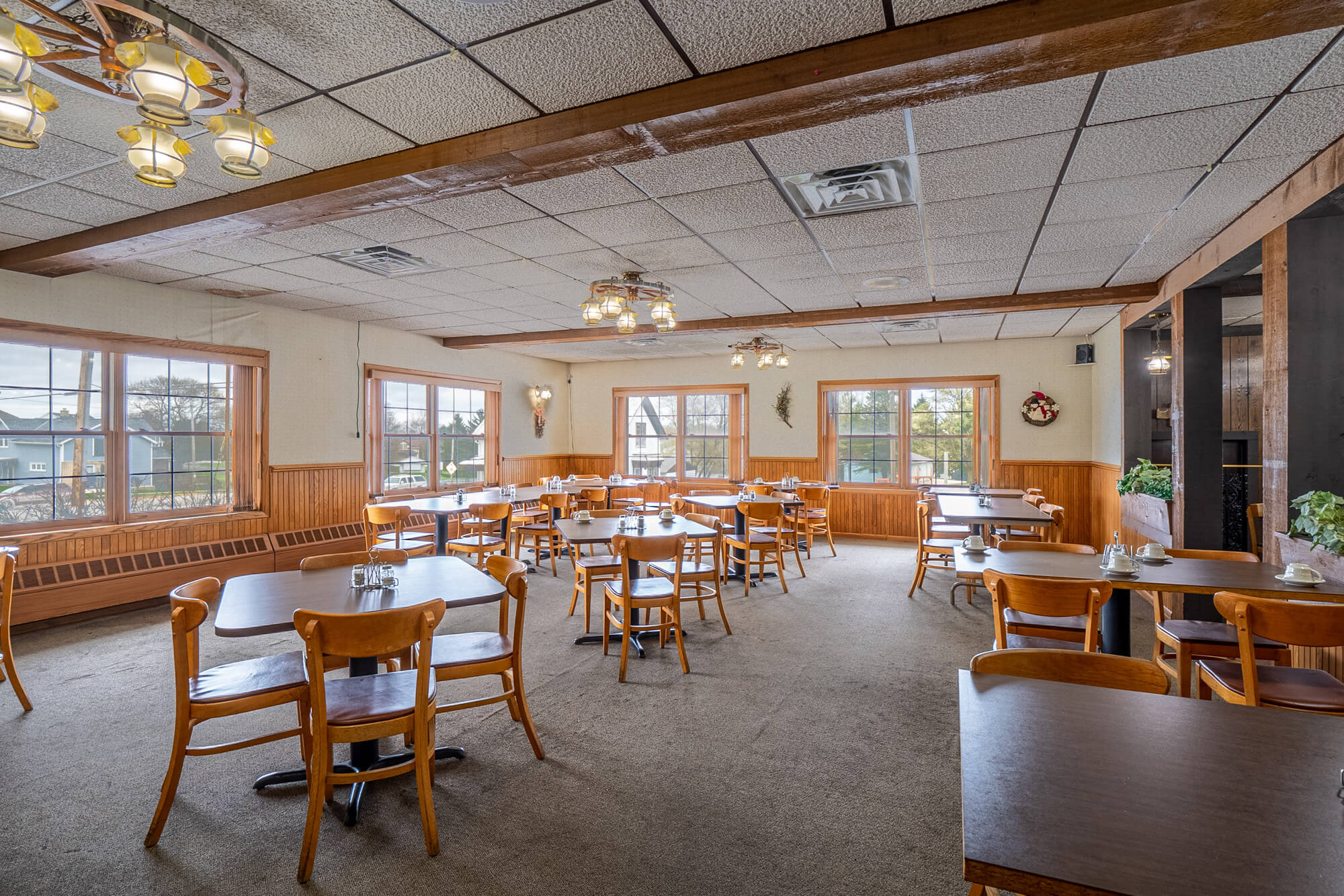 Howards Grove Commercial Property 120 S Wisconsin Drive (25)
