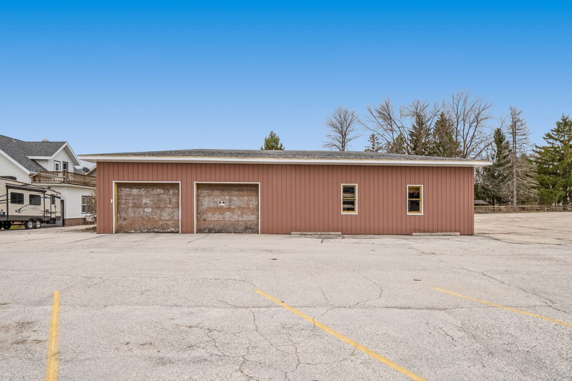 Howards Grove Commercial Property 120 S Wisconsin Drive (32)